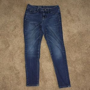 Mossimo denim mid rise jeggings size 4/27